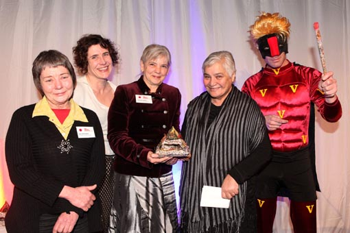 The Hon Tariana Turia presents the Big 'A' Creative Space Award to Vincents Art Workshop