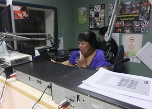 Wellington Access Radio's Community Zone host, Janice Ikiua, interviews Richard Benge on air