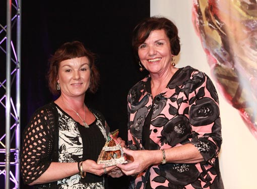 The Hon Ann Tolley, Minister of Corrections, presents the Big 'A' Prison Arts Leadership Award 2013 to Ann Byford