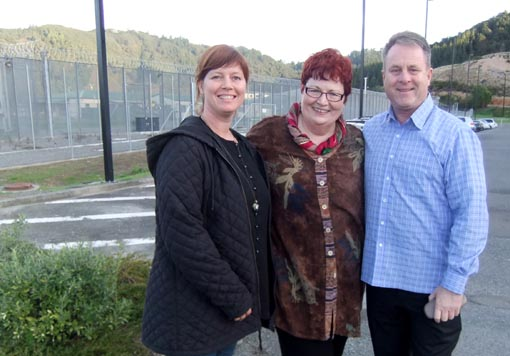 Jacqui Moyes, Geraldine Buckley and Richard Benge at Rimutaka Prison